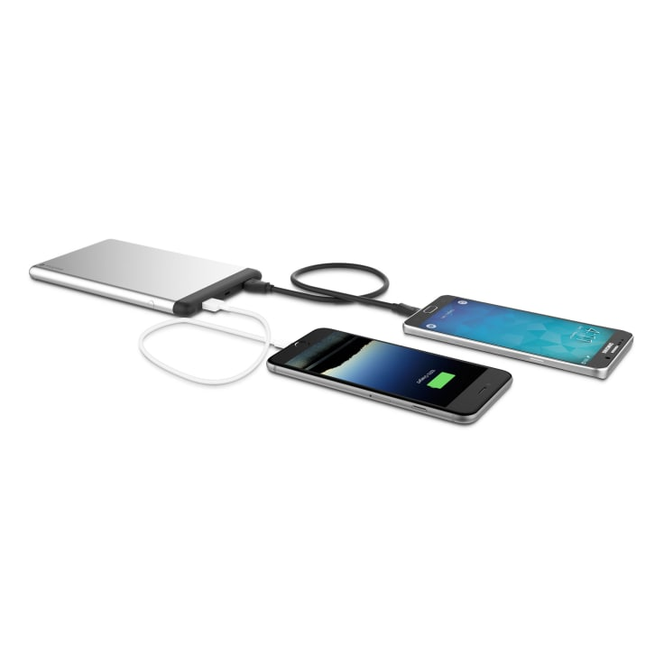 Mophie Powerstation 8x 15 000mah Fast Charge Power Bank Mophie is known for its smartphone battery cases, which provide you with a way to keep an iphone battery topped off while not having to worry about carrying around a large portable usb battery. morningsave