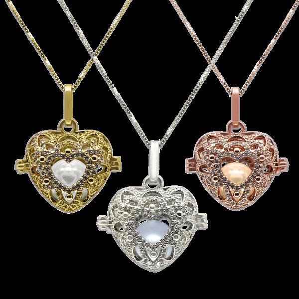 ROYAL FALLS COLLECTION En Mi Corazón Gold Diamond Pavé Pearl Locket Pendant